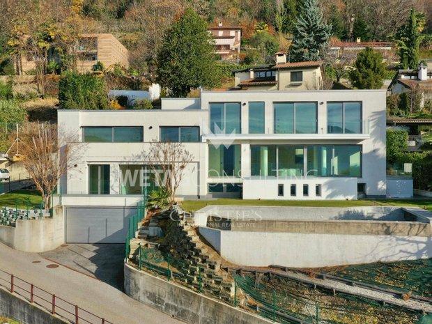 House in Muzzano, Ticino, Switzerland 1