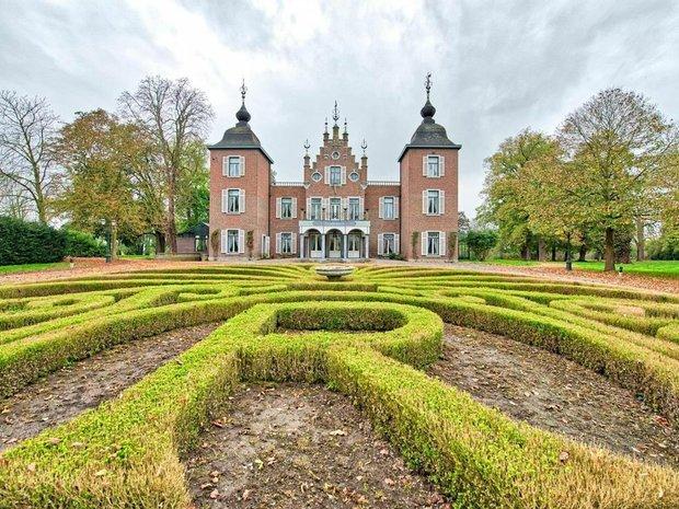 House in Roosteren, Limburg, Netherlands 1