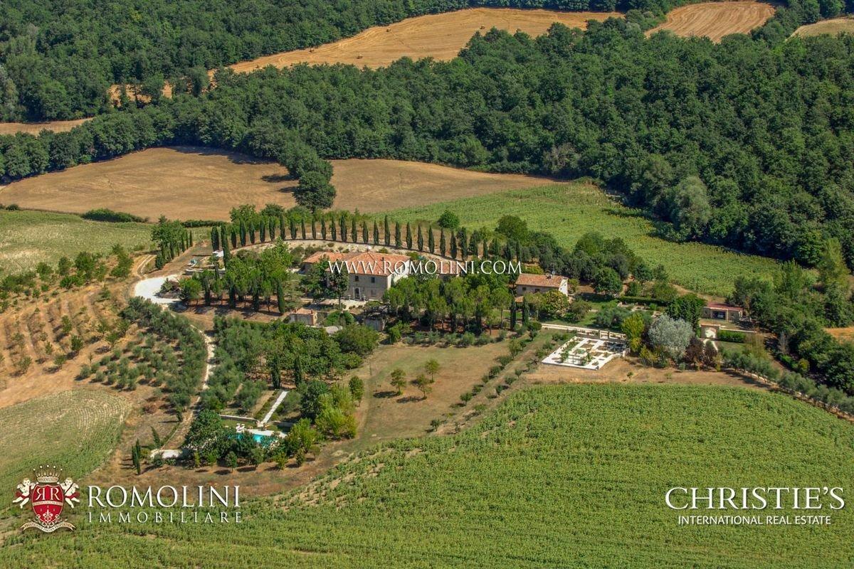 House in Todi, Umbria, Italy 1 - 11181389