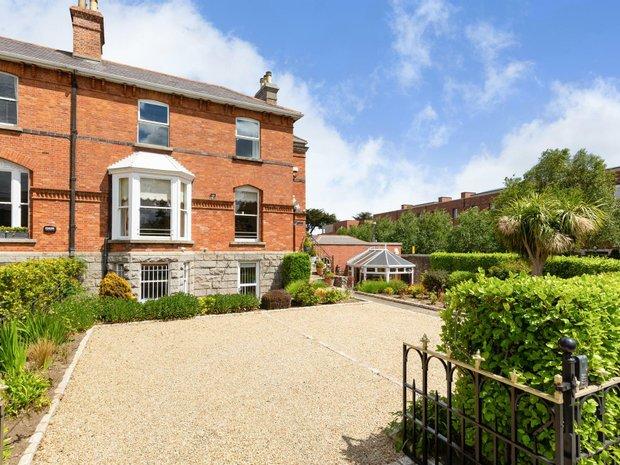 House in Sandycove, County Dublin, Ireland 1