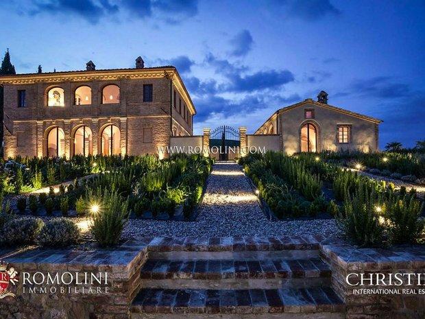 House in Buonconvento, Tuscany, Italy 1