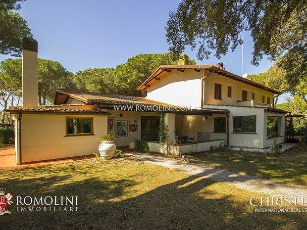 Apartment in Punta Ala, Tuscany, Italy 1