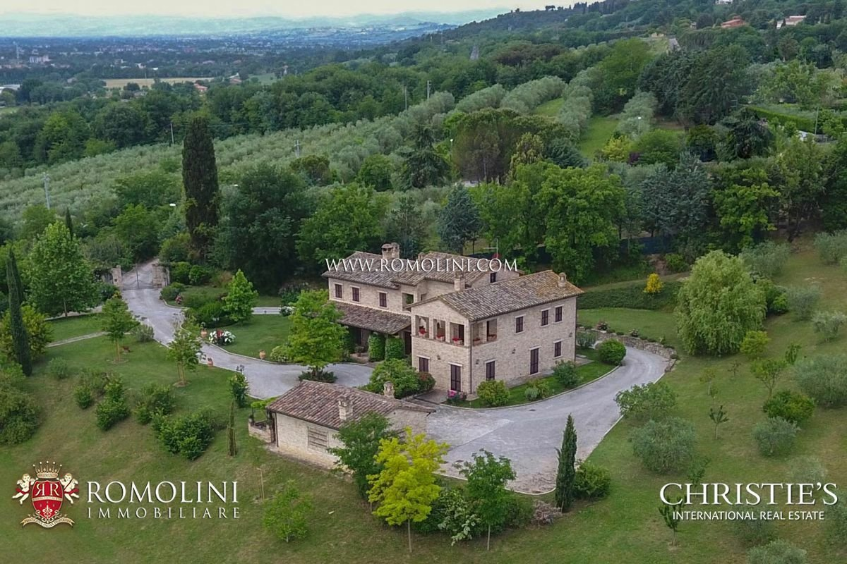 House in Umbria, Italy 1 - 11182154