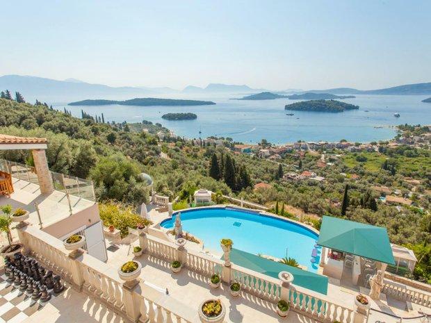 Villa in Nydri, Greece 1