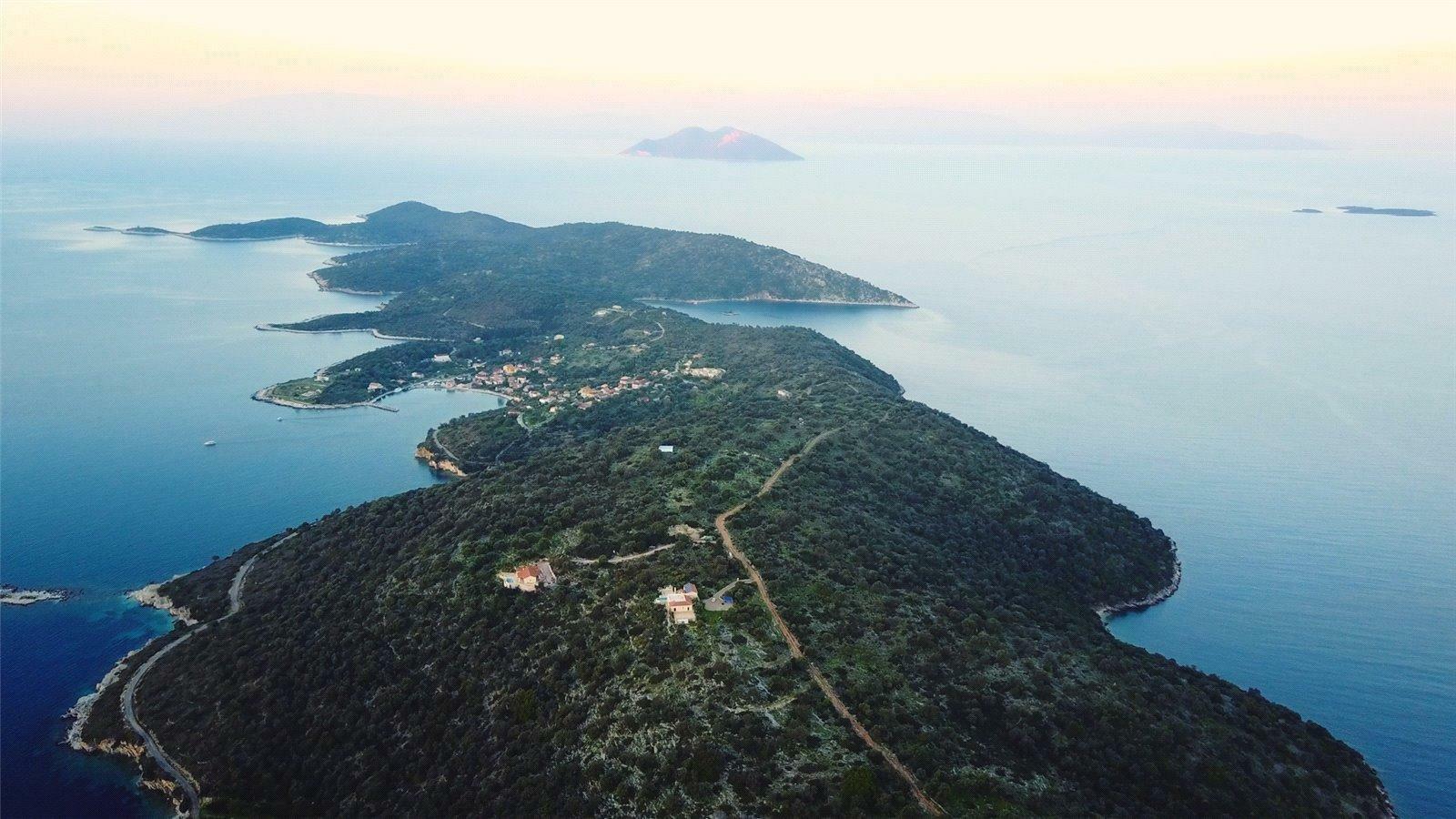 Land in Kastos, Greece 1