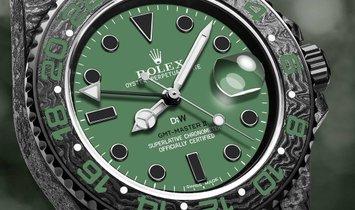 "Rolex DiW Carbon GMT-Master II ""Hunter"" (Retail: US$38,990)"