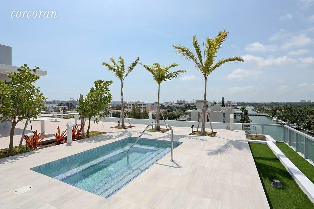 House in Bal Harbour, Florida, United States 1 - 11281270