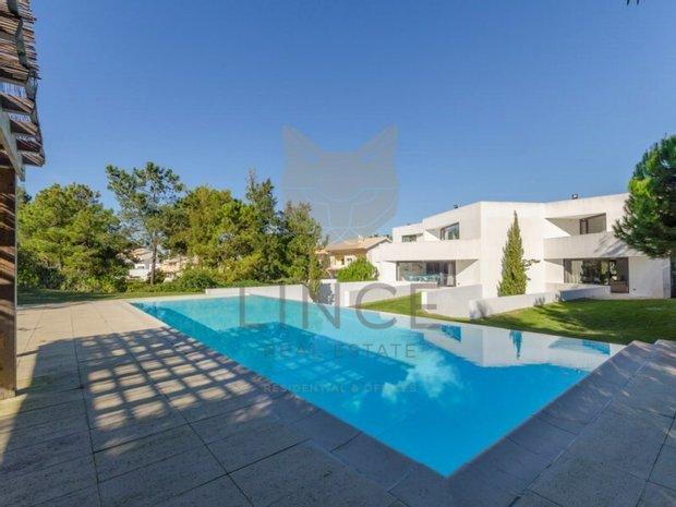 House in Setubal, Portugal 1
