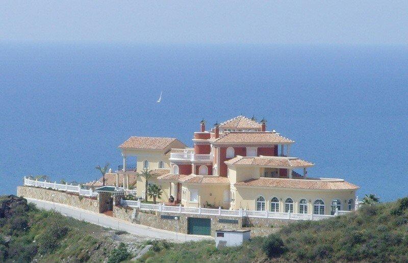 Villa in Benalmádena, Andalusia, Spain 1 - 11284442