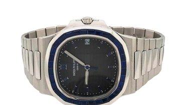 Patek Philippe Nautilus Platinum Factory Sapphire Set Bezel Grey Dial Watch 5711/111P-001