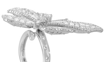 LB Exclusive LB Exclusive 18K White Gold 7.55 ct Diamond Butterfly Ring