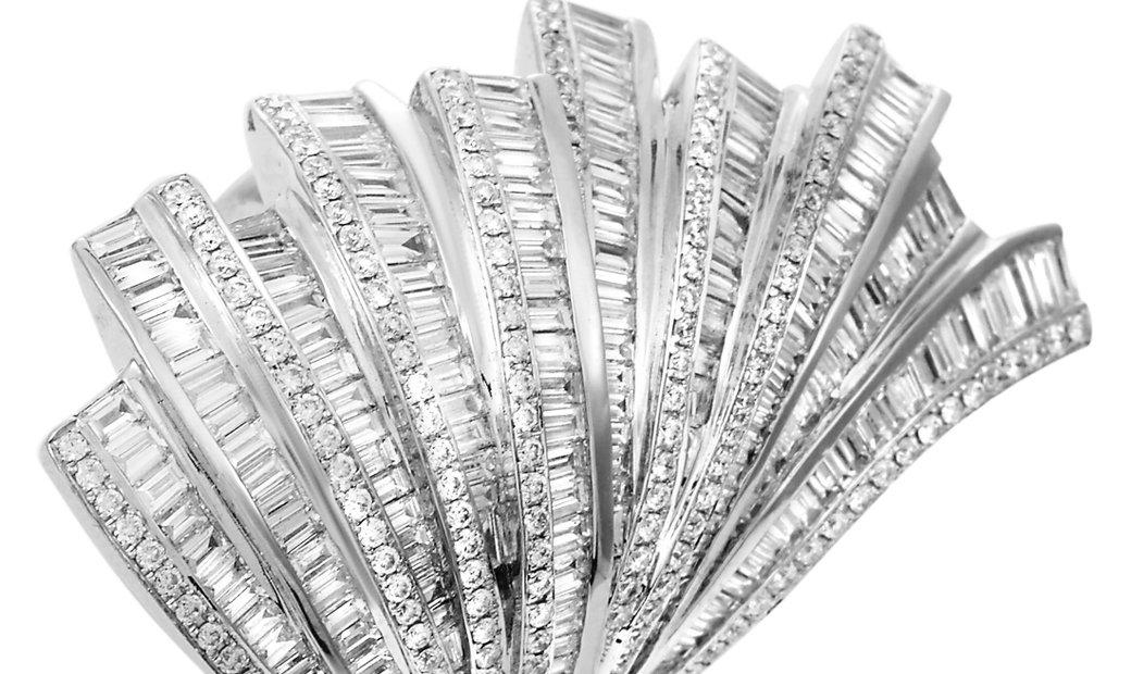 LB Exclusive LB Exclusive 18K White Gold 5.10 ct Diamond Ring