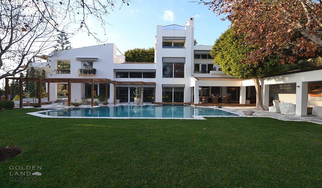 Villa in Glyfada, Greece 1