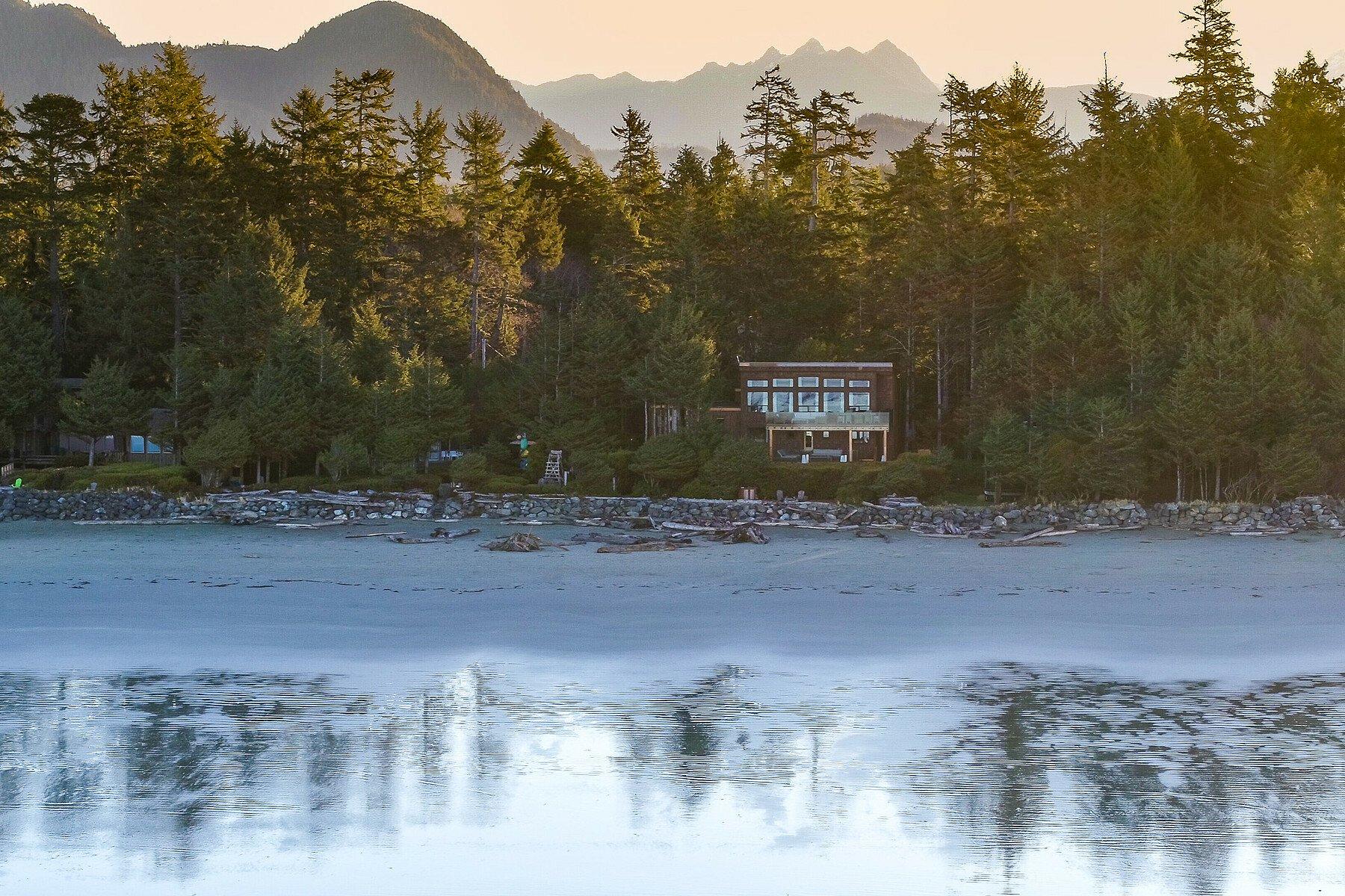 House in Tofino, British Columbia, Canada 1 - 10498611