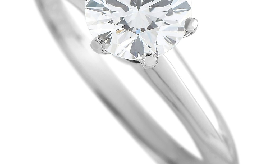 Tiffany & Co. Tiffany & Co Platinum Solitaire 1.07 Carat Round Diamond Engagement Ring