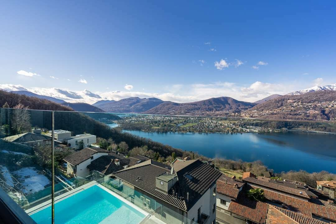 Apartment in Collina d'Oro, Ticino, Switzerland 1 - 11289192