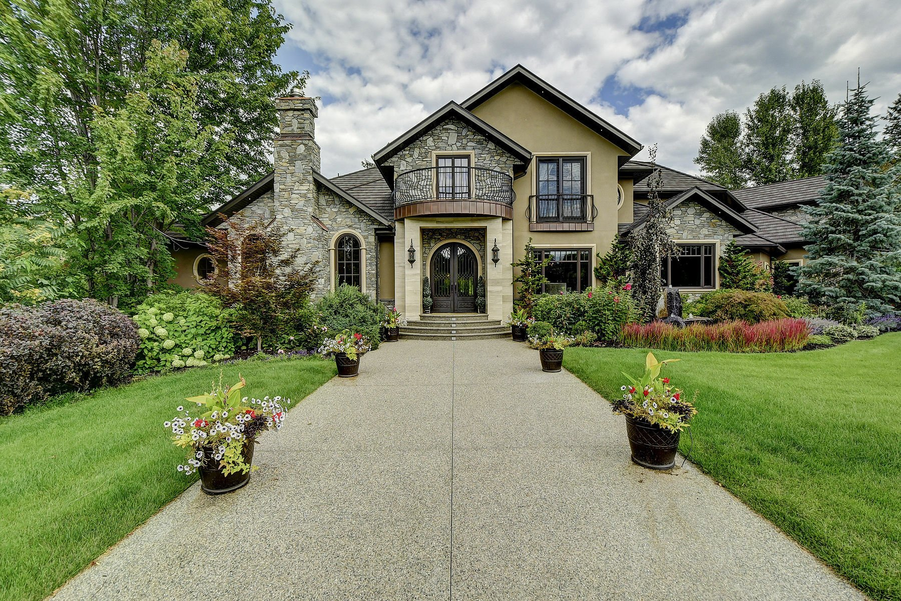 House in Kelowna, British Columbia, Canada 1