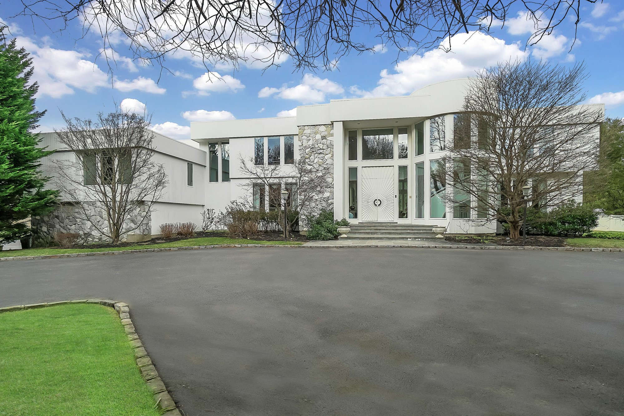 House in Oyster Bay Cove, New York, United States 1 - 11291409
