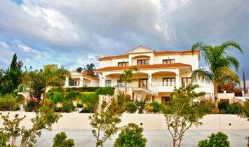 Villa in Emba, Paphos, Cyprus 1