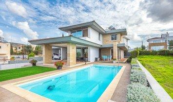 Villa in Konia, Paphos, Cyprus 1