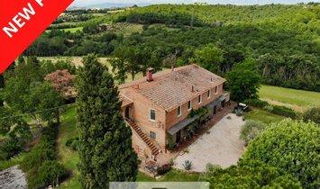House in Castiglione del Lago, Umbria, Italy 1