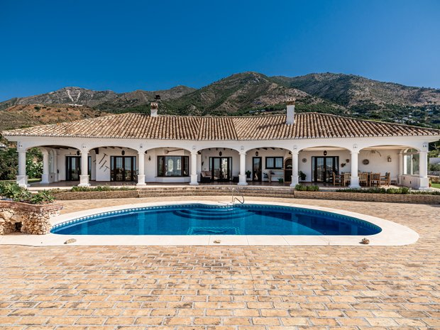 Country House in Andalusia, Spain 1