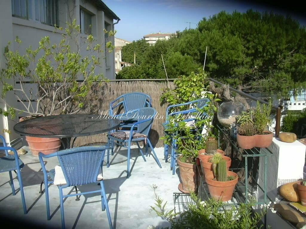 Apartment in Beaucaire, Occitanie, France 1