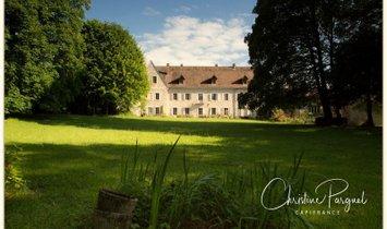 Castle in Champagne-en-Valromey, Auvergne-Rhône-Alpes, France 1