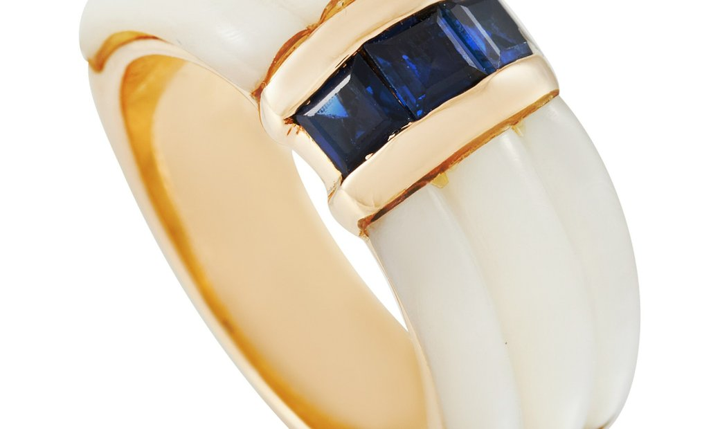 Mauboussin Mauboussin 18K Yellow Gold Sapphire and Mother of Pearl Ring