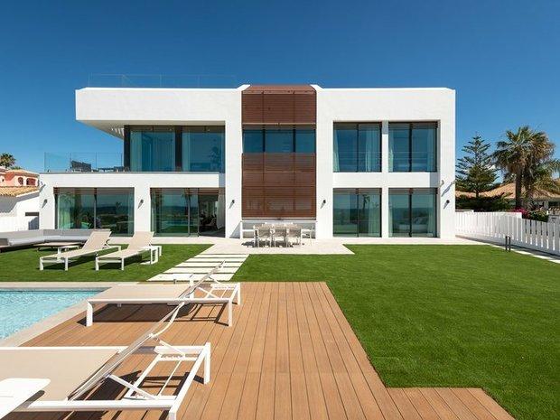 Villa in Gualdalmansa, Andalusia, Spain 1