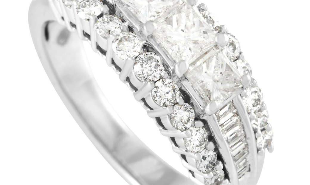 LB Exclusive LB Exclusive 14K White Gold 1.50 ct Diamond Past Present Future Ring