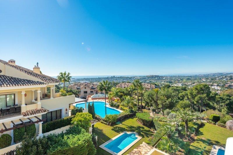 Penthouse en Marbella, Andalucía, España 1 - 11305404