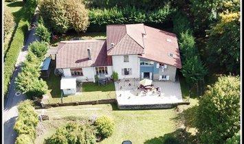 Maison à Monnetier-Mornex, Auvergne-Rhône-Alpes, France 1