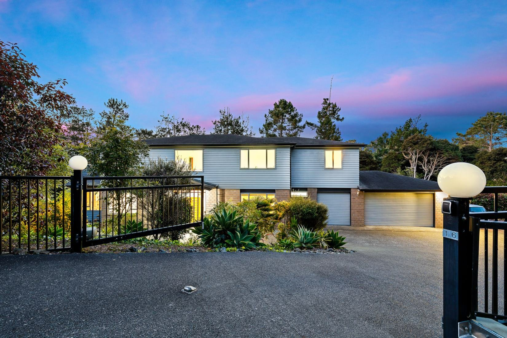 House in Lucas Heights, Auckland, New Zealand 1
