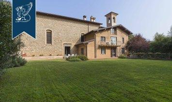 Villa in Rovato, Lombardy, Italy 1