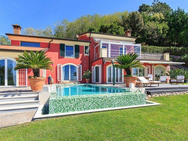 Villa in La Spezia, Liguria, Italy 1