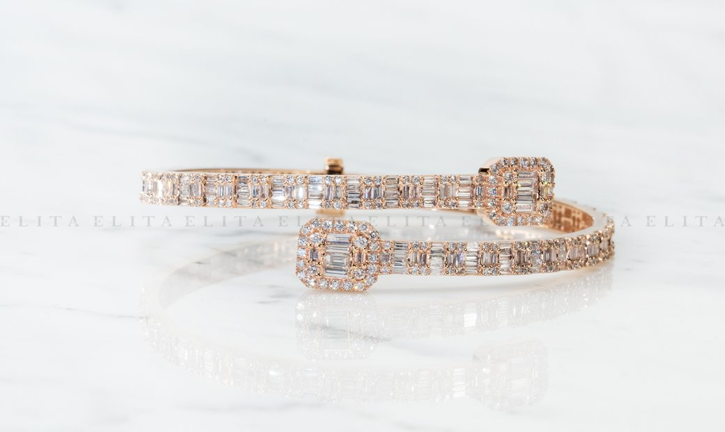 11.40 CT Bangle with Baguette and Round cut Diamonds in 18K Rose Gold