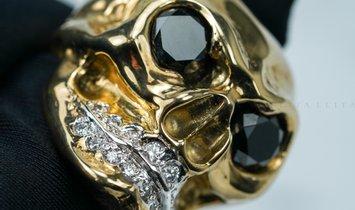 HAND CARVED SKULL DESIGN RING