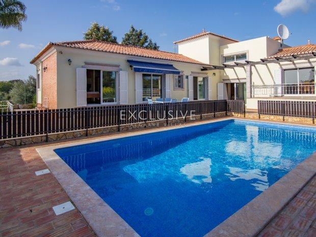 Villa in São Brás de Alportel, Algarve, Portugal 1