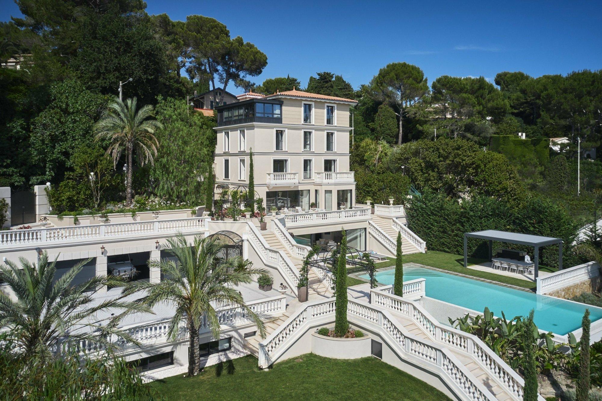 House in Cannes, Provence-Alpes-Côte d'Azur, France 1 - 10606261