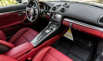 2021 Porsche 718 Cayman S
