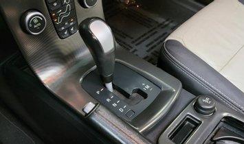 2011 Volvo V50 T5 R-Design Sport Wagon 4D