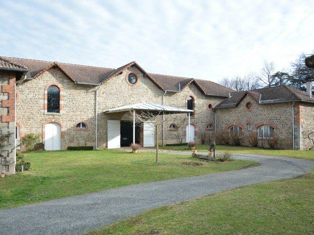 House in Saint-Bonnet-les-Oules, Auvergne-Rhône-Alpes, France 1