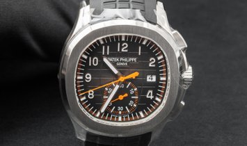 Patek Philippe Aquanaut 5968A-001  Chronograph Stainless Steel