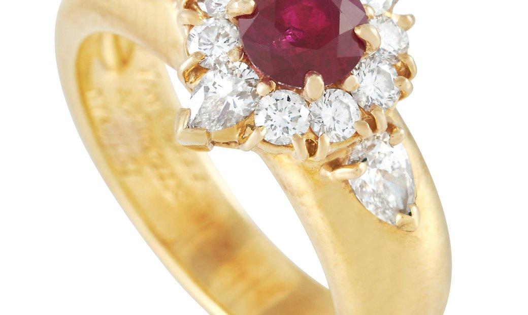 Van Cleef & Arpels Van Cleef & Arpels 18K Yellow Gold 0.75 ct Diamond and 0.80 ct Ruby Ring