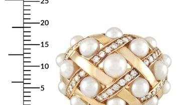 Chanel Chanel Baroque Matelassé 18K Yellow Gold Diamond and Pearl Ring