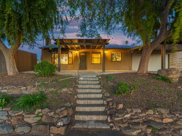 House in El Cajon, California, United States 1
