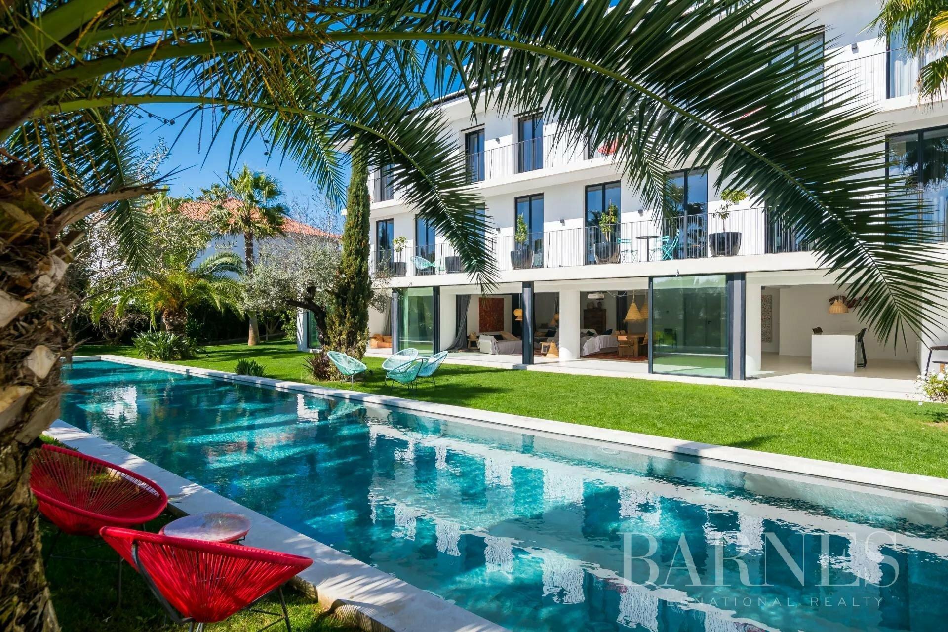 Villa in Lisbon, Lisbon, Portugal 1