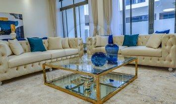 Villa in Fujairah, Fujairah, United Arab Emirates 1