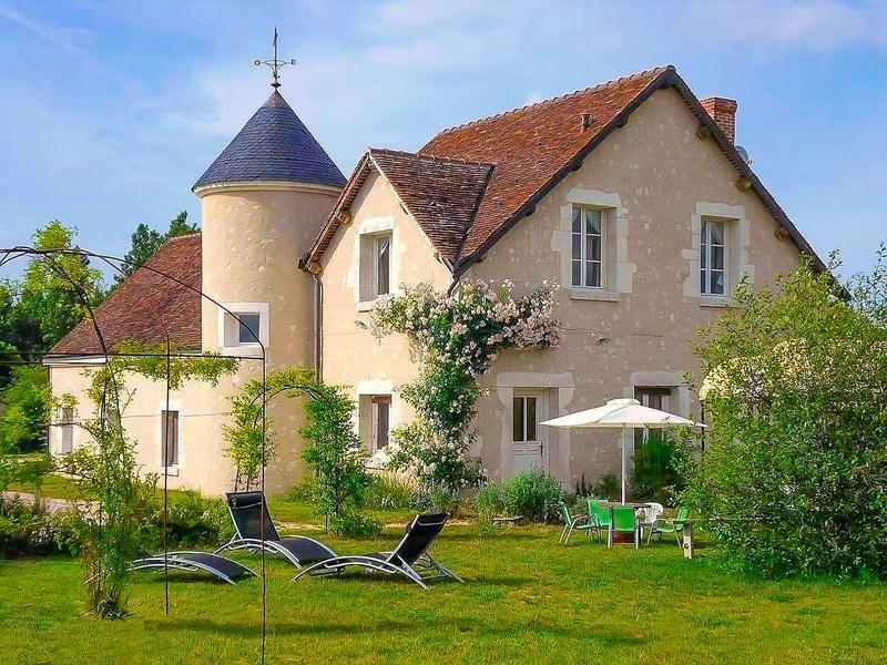 Villa in Blois, Centre-Val de Loire, France 1 - 11252799